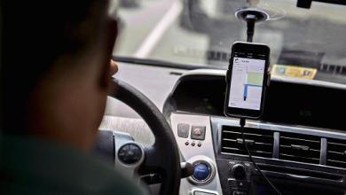 Video Dos taxistas chilenos atacan brutalmente a un conductor de Uber