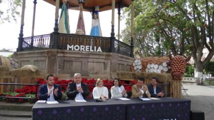 """Reciben autoridades estatales y municipales a """"Los Reyes Magos"""" en Cabalgata el 5 de Enero"""