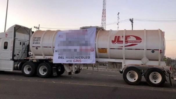 Supuesto cartel de Jalisco deja narcomantas con mensaje deslindándose del huachicoleo