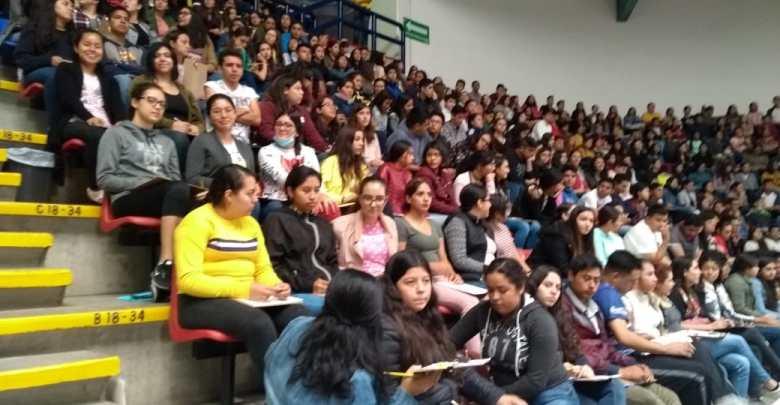Solo el 70 por ciento de los aspirantes ingresan a la UMSNH