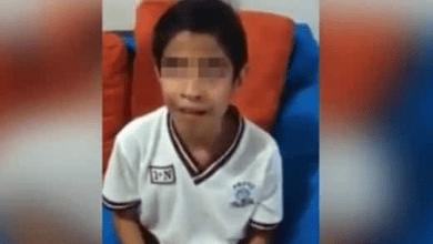 Niño ciego sufre bullying y sus maestros lo permiten; le roban su dinero y lo golpean