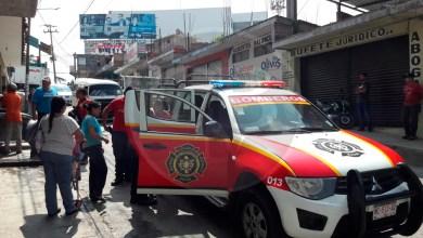 Vehículo se queda sin frenos en Avenida Morelia