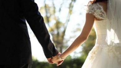 Recién casados mueren en accidente minutos después de su boda