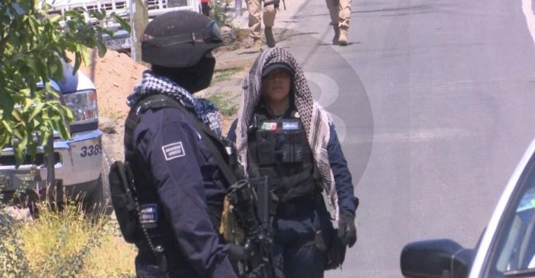 Rafaguean viviendas en Cotija, hay un muerto y tres heridos