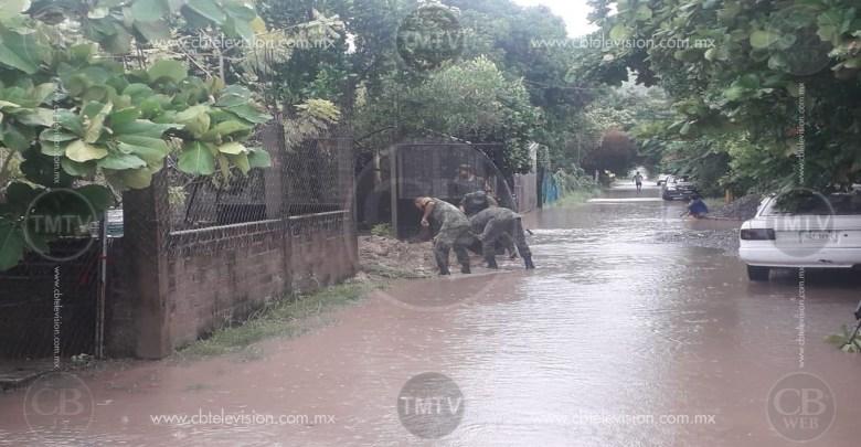 Continúa el apoyo militar en Lázaro Cárdenas ante fuertes lluvias