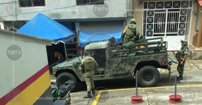 Soldado cae de un Hummer al acudir a Tumbiscatío a brindar apoyo