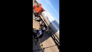 Photo of Video: Camión cisterna intenta embestir a manifestantes en Minneapolis