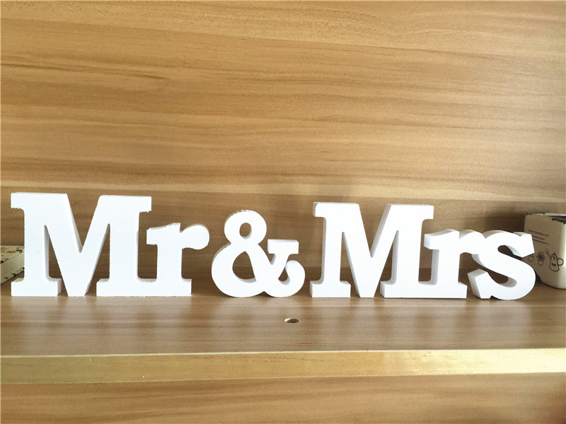 Mr & Mrs Wood Plaque Wooden White Mr And Mrs Sign Board