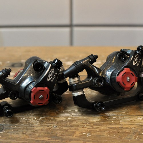 *新入荷情報「AVID Mechanical Disc Brake BB7 F/R set」