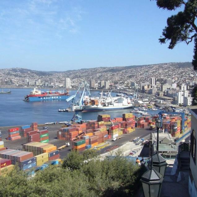 Foto.Valparaiso_Port_(Chile)_-_new.bing (3)