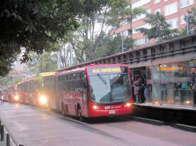 Bog5.Modern Transport System.Transmilenio.IMG_7727 (1)