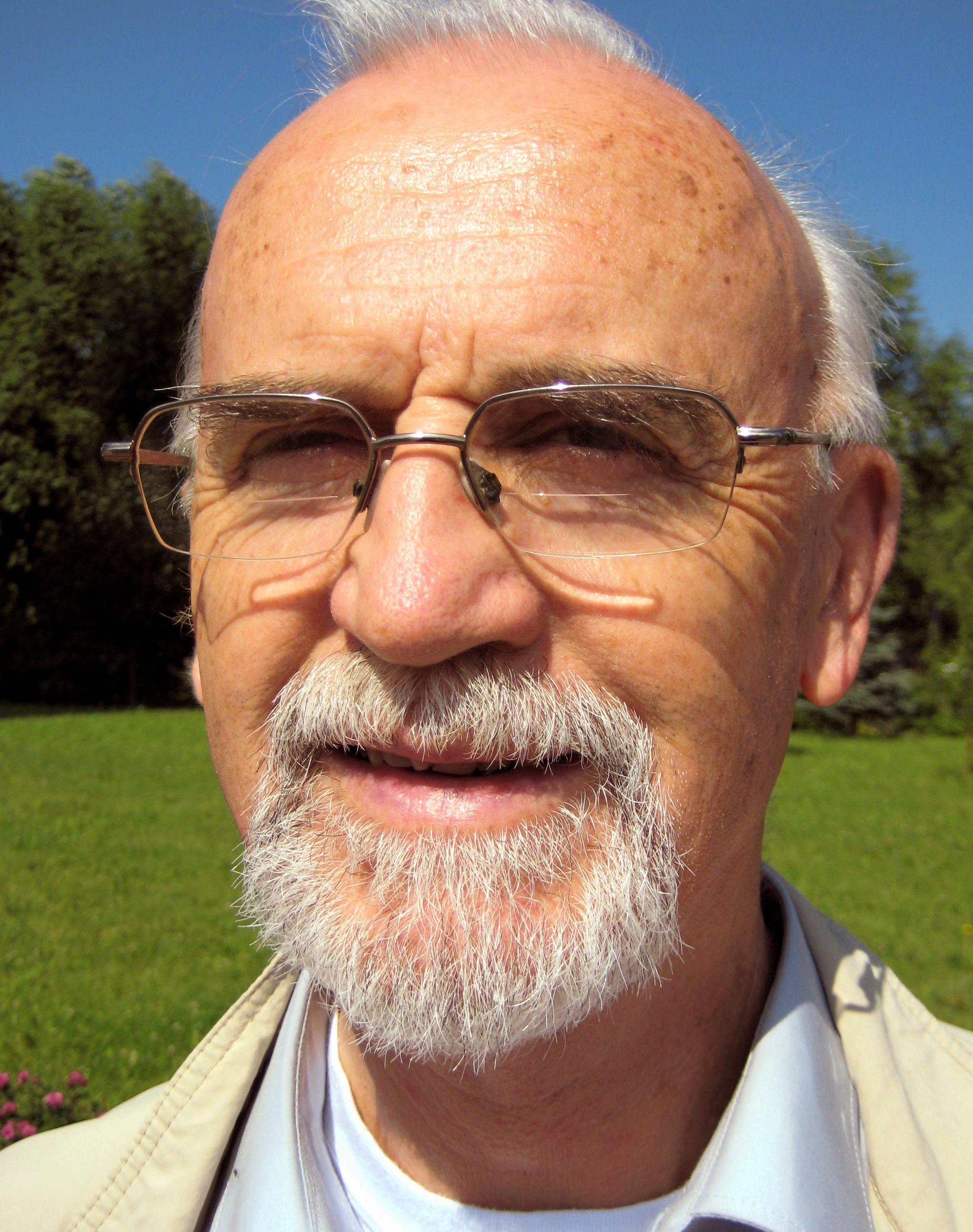 Отец Райнгард Франитца