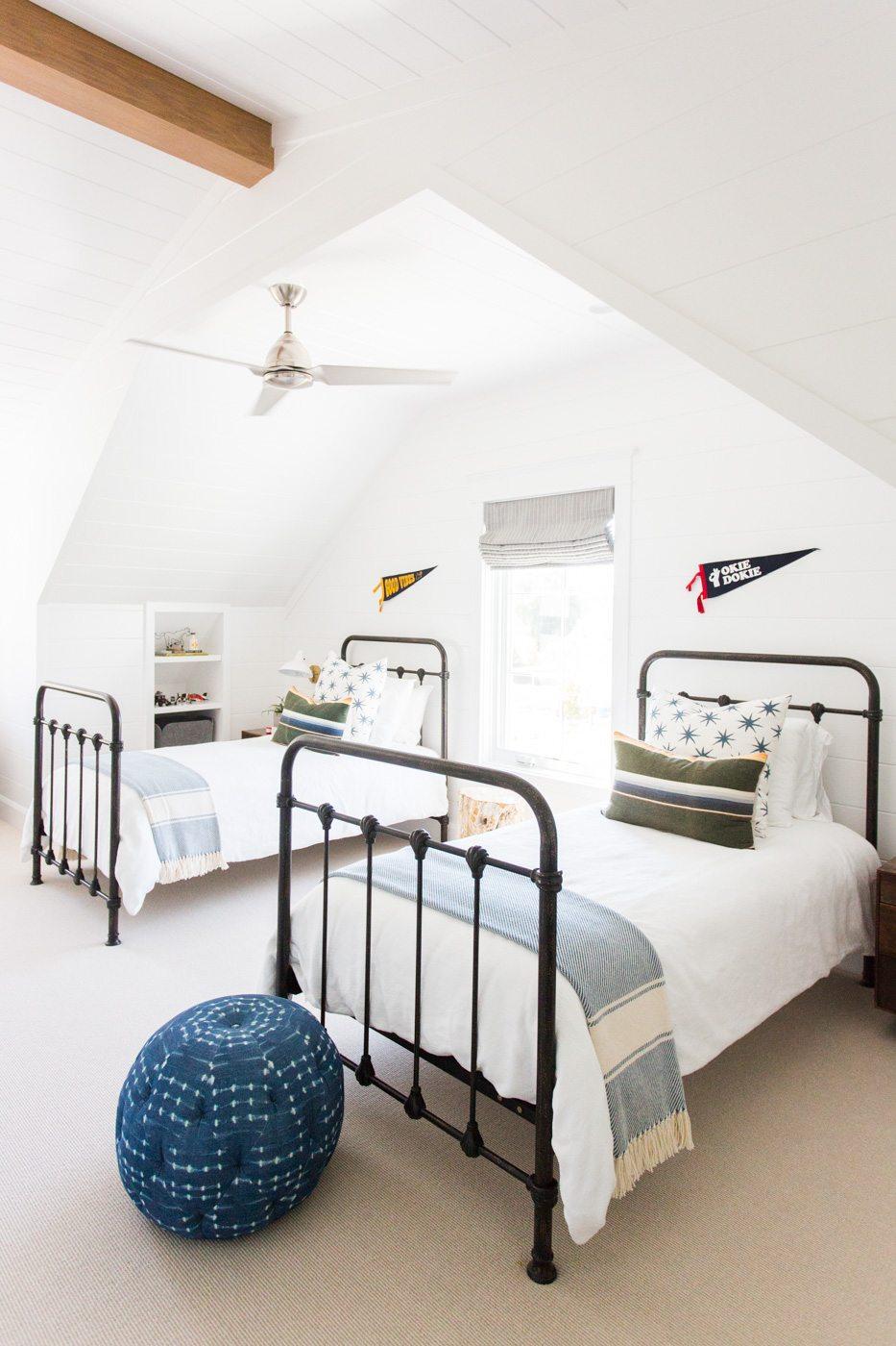 Modern Home Decor Ideas - Teen Boy Bedrooms| cc&mike ... on Guys Bedroom Ideas  id=28075