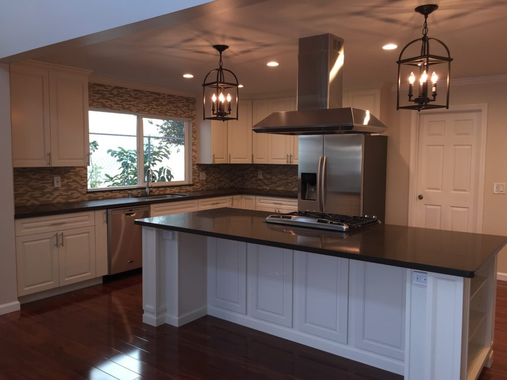 Eggshell White Off White CampC Cabinets And Granite