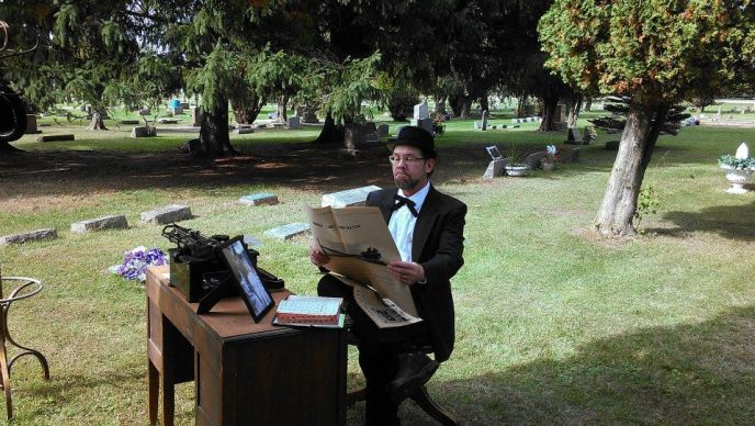 Cemetery Walk - Editor portray founder of Cass City Chronicle