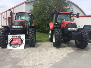 foire dehors-tracteurs-case
