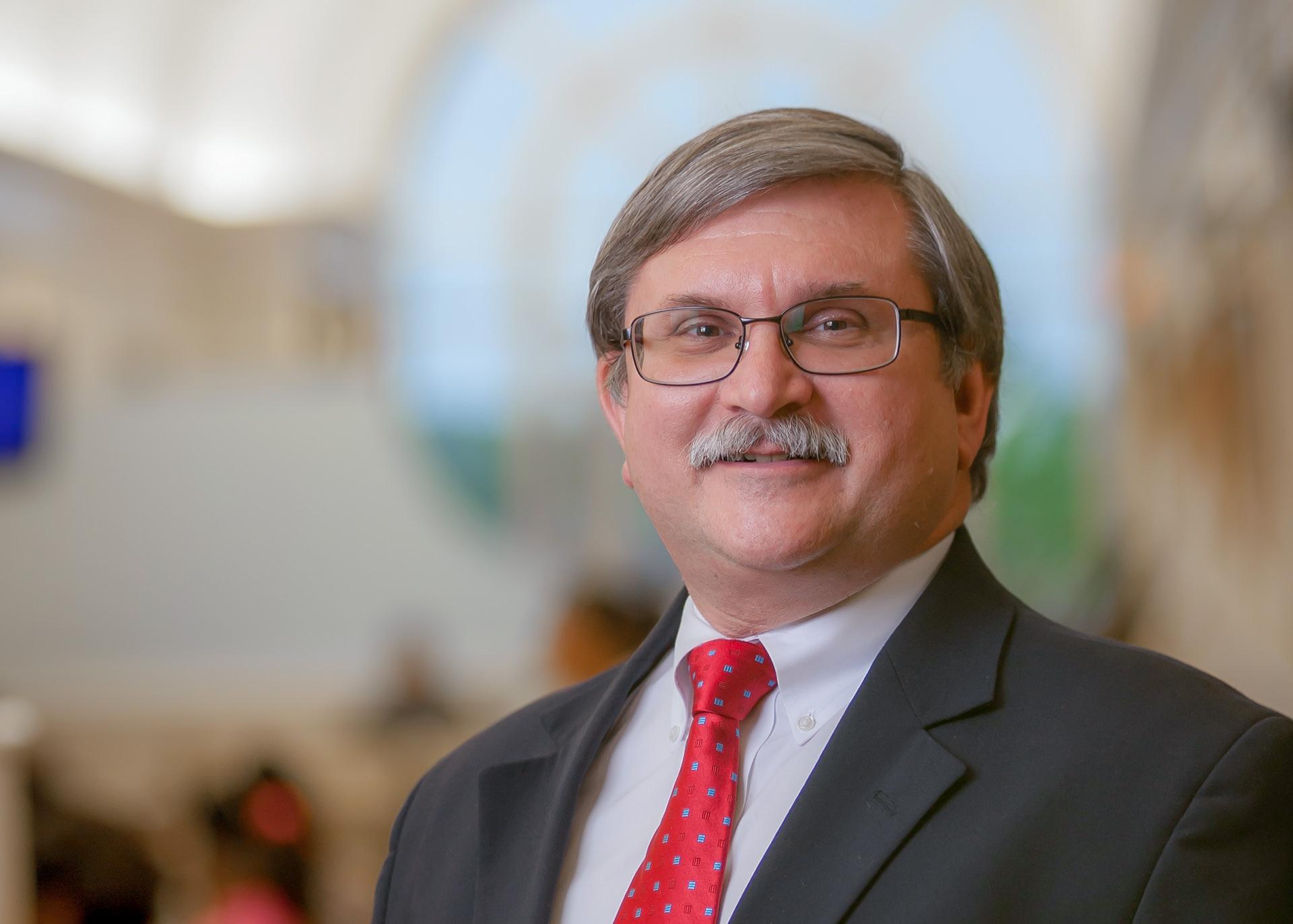 Dr.Tom Weida