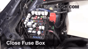 Replace a Fuse: 20052011 Cadillac STS  2005 Cadillac STS 46L V8