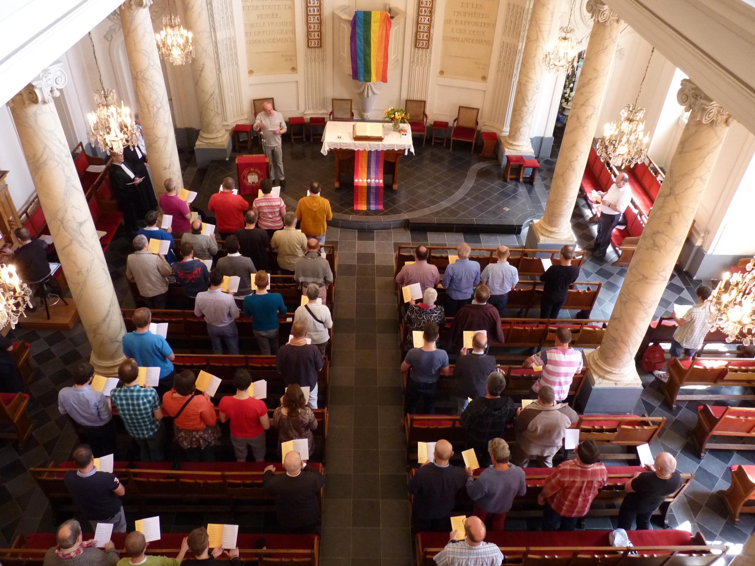 You are currently viewing [REPORTÉE] Célébration œcuménique à l'occasion de la Pride