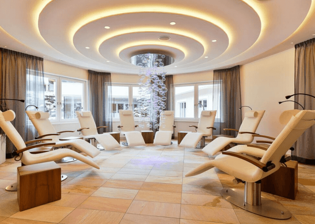 Difference Between Gypsum & Fibre Ceilings | Suspended ...