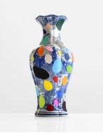 Delft Punk - paint on found ceramic - 2013 - 14 x 7,5 (diameter) - 012