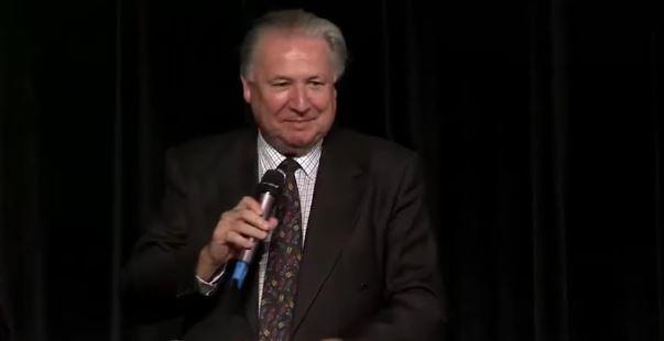 Pastor Jeremy Griffiths z Australii