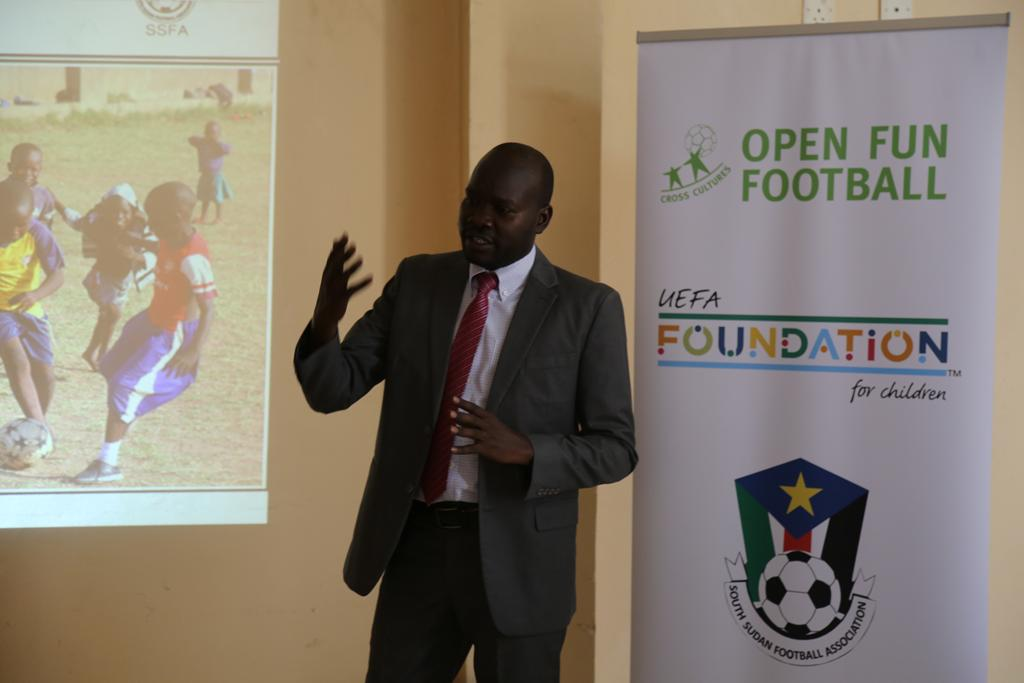 Read more about the article Open Fun Football Schools in South Sudan
