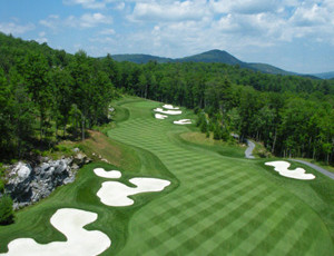 Highlands NC Real Estate     Country Club Properties      CLUBS Mountain Top Golf   Lake Club