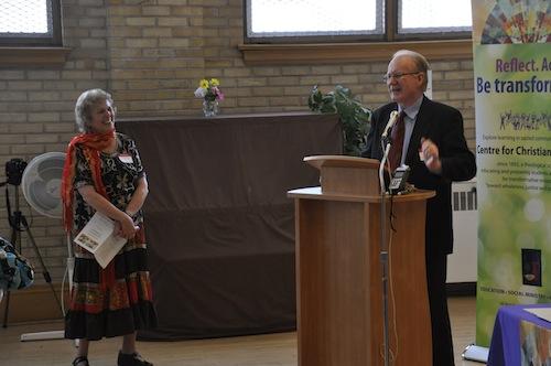 Carolynne and Jim welcome everyone