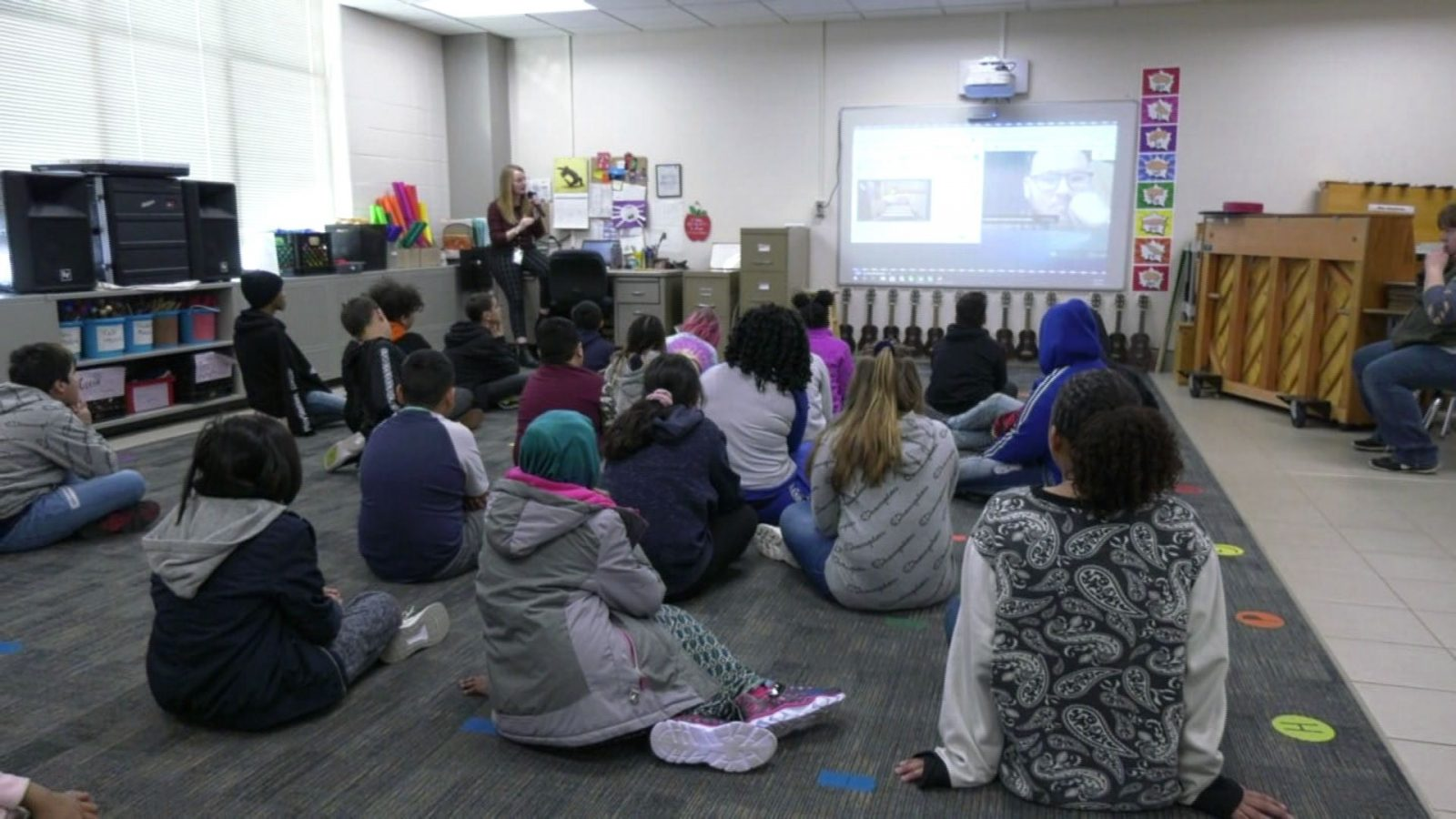 Noble Elementary Students Go On Virtual Field Trip