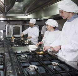 Becarios el valor de la experiencia for Formacion profesional cocina