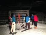 Arrivée d'une équipe ski-alpinisme loisir