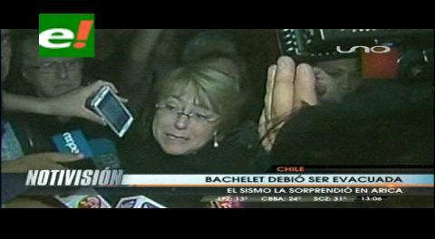 """Chile. Bachelet elogia reacción ciudadana y dice que ella fue evacuada """"como todos"""""""