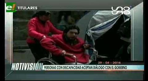 Titulares de TV: Personas con discapacidad aceptan dialogar con el Gobierno
