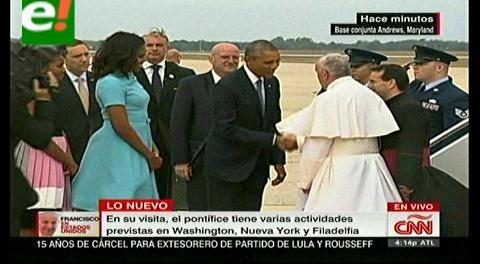 Barack Obama recibe al papa Francisco en EEUU