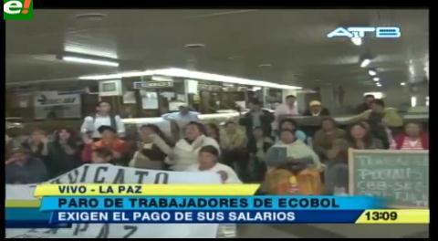 Trabajadores de Ecobol se movilizan exigiendo el pago de salarios retrasados