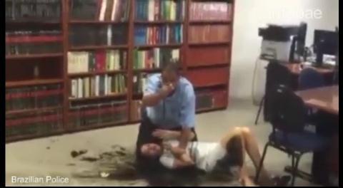 Enajenado, roció con combustible a una jueza y amenazó con prenderle fuego