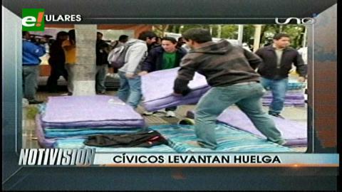 Titulares: Cívicos cruceños levantan huelga de hambre, diputados se comprometen a elegir vocales electorales