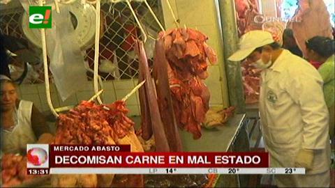 Santa Cruz: Decomisan 100 kg de embutidos y carne en mal estado
