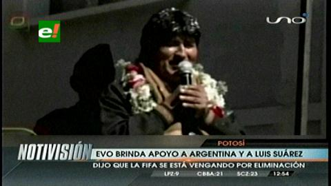 Evo expresa solidaridad con Suárez y Uruguay: dice que su castigo es sospechoso, para favorecer a europeos