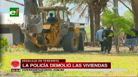 Policía desaloja a 30 familias en Terebinto