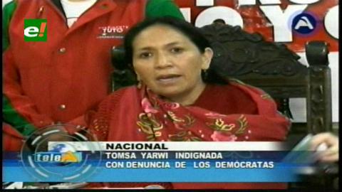 Tomasa Yarhui denuncia a Unidad Demócrata por discriminación hacia la mujer