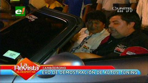 Santa Cruz: Evo participó de las demostraciones de autos tuning