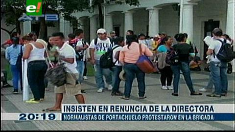 Normalistas marcharon 3 días para pedir cambio