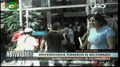 Cochabamba: Estudiantes tomaron el rectorado de la UMSS