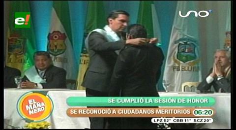 Sesión de honor distinguió a personalidades del departamento de Cochabamba