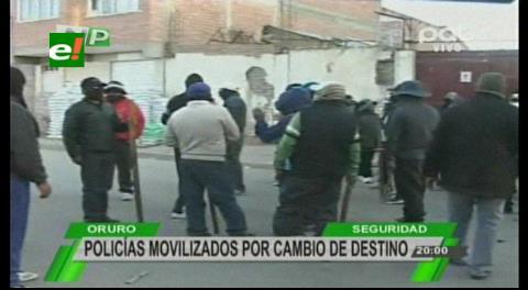 Policías de Oruro piden ítems a cambio de ir a otros destinos