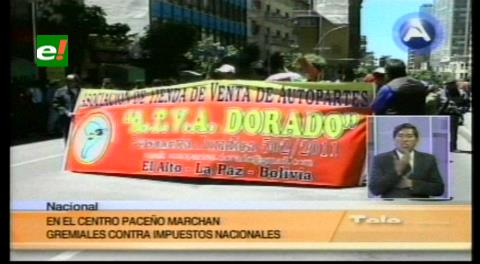 La Paz: Comerciantes de la Feria 16 de Julio marcharon, denuncian abusos en la Aduana