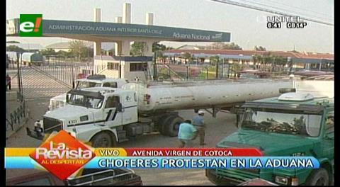 Transportistas bloquean y causan caos en La Pampa