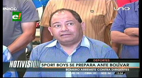 """Carlos Romero: """"Los dirigentes de quinta le hacen daño al fútbol"""""""